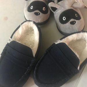 Wow 2 New toddler slip on for the price of 1